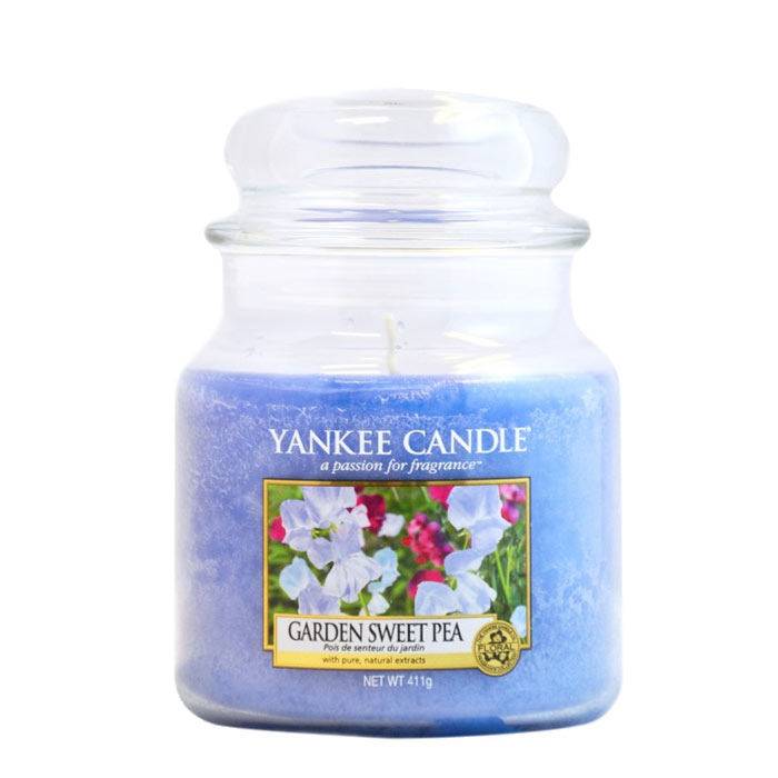 Yankee Candle Classic Medium Jar Garden Sweet Pea Candle 411g