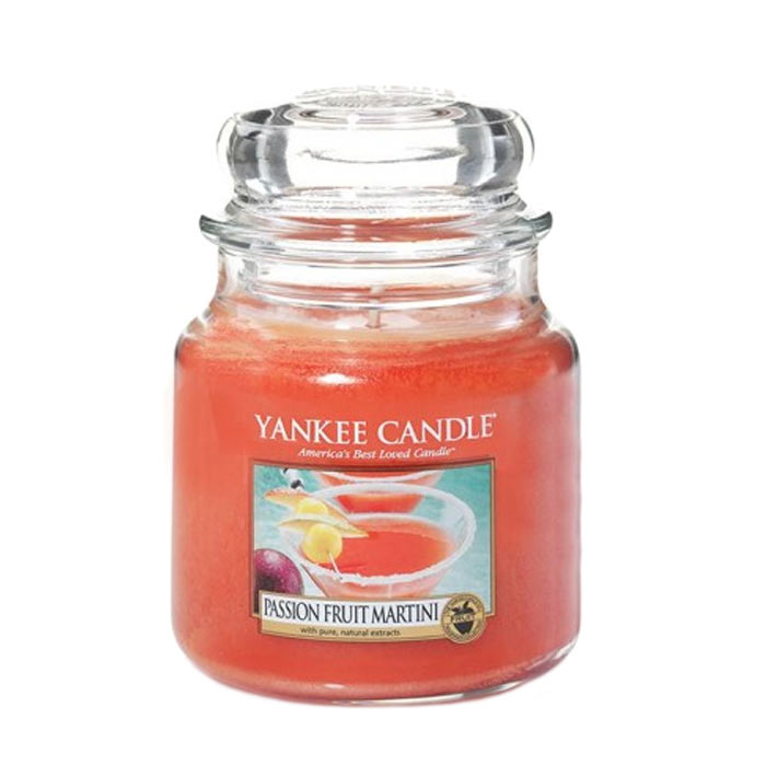 Yankee Candle Classic Medium Jar Passion Fruit Martini 411g