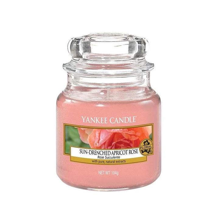 Swish Yankee Candle Classic Small Jar Fresh Cut Roses 104g